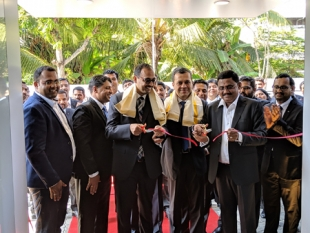 Mercedes-Benz India revamps its service facility in Kochi; Opens new  Centre at Maradu